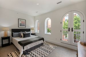 Renovated Historic Building in Rittenhouse Square