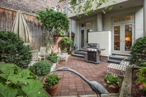 Gorgeous Townhouse in Society Hill! - 332  Delancey Street / 331 S. 4th Street:
